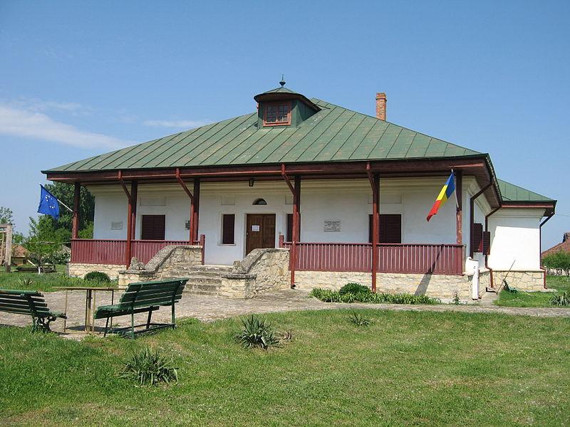 Casa_memoriala_Costache_Negruzzi_din_Hermeziu
